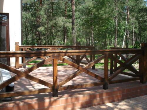 перила, садовые перголы Киев, ворота из дерева,заборы деревянные Киев,