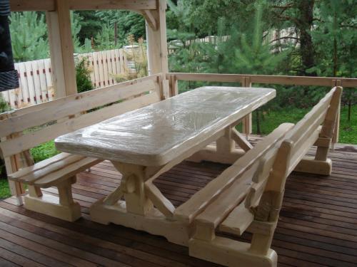 Деревянная мебель под заказ в стиле шале Киевская обл,